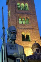 Bisbe i campanar